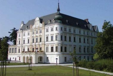 Penzion na zámku Bartošovice